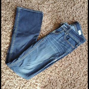 BKE Buckle Jean's. Size 26 W x 33 1/2 L